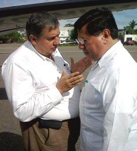 Héctor Bautista  con Gobernador